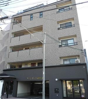 東山区小松町11−21 グランコート高台寺4階外観