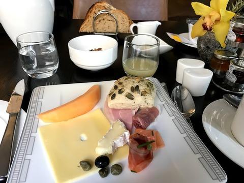 Hotel American Breakfast