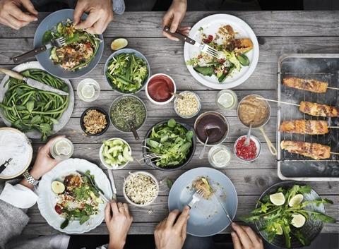 RS2286_IKEA seafood table