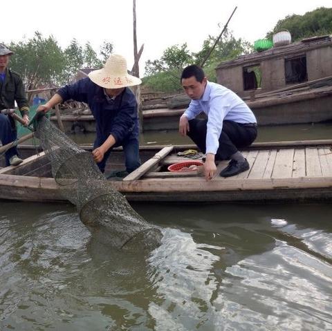 ザリガニ漁業