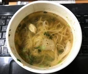台湾麺線かき混ぜ前