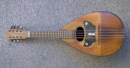 Neapolitan_mandolin_001