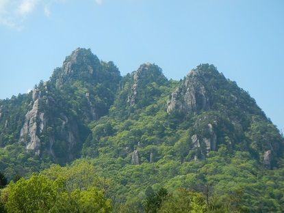 1三倉岳全景