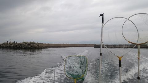 黄金漁港出港
