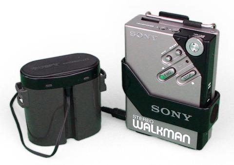 800px-Sony_Walkman_WM-2