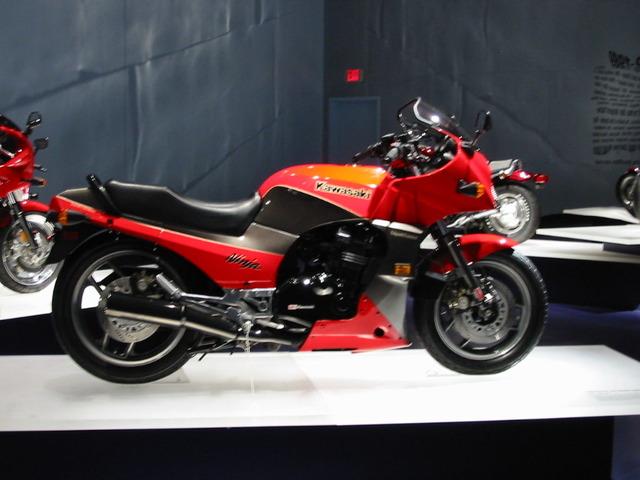 1984_Kawasaki_GPz900R