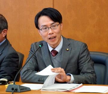 2002 市庁舎検討特別委 (4)