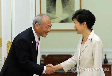 恥ずべき態度、東京都知事