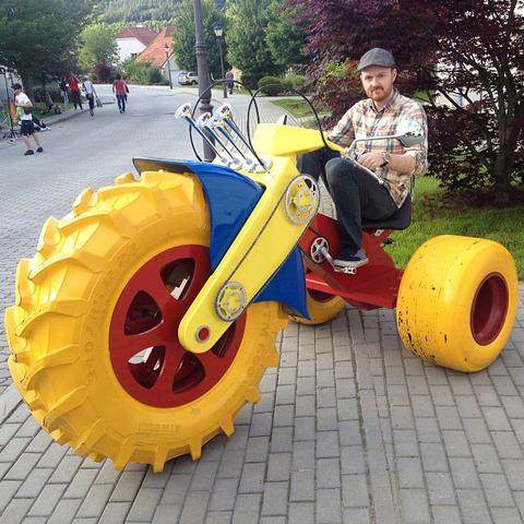 130813adult-big-wheels