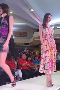 IMGP0297_fashionshow_ruzzgahara