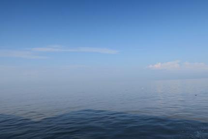 IMG_2053_スカイミラー途中の海