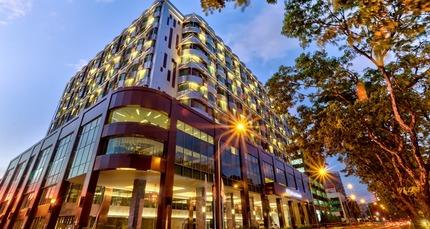 HL_hotelexterior01_2_675x359_FitToBoxSmallDimension_Center