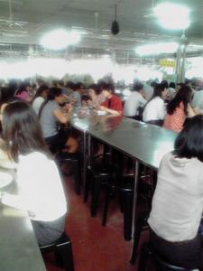 20120321-2 中国寺の精進料理を食べる風景