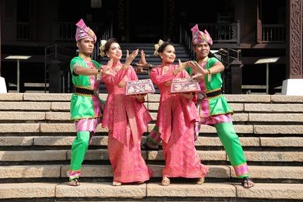 マラッカ舞踊団2