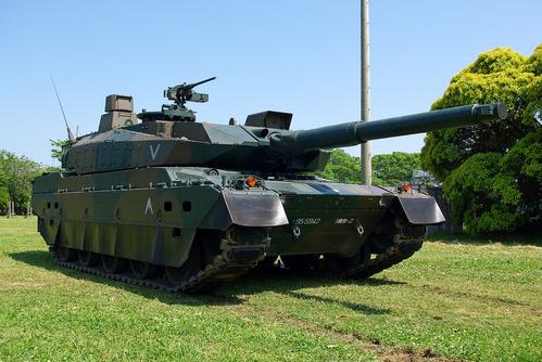 1280px-JGSDF_Type10_tank_20120527-07