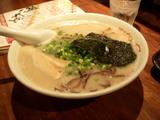 鶴亀豚骨ラーメン