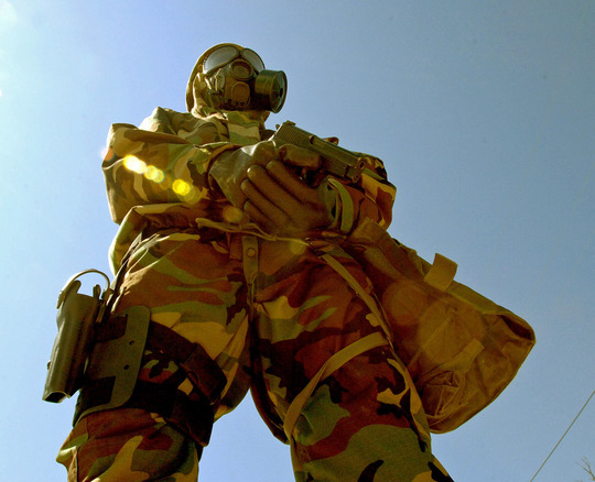 GEAR_CBRN_Suit_US_Army_lg