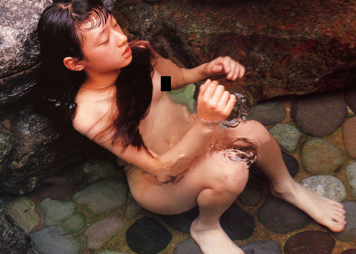 13歳 ヌード http://livedoor.blogimg.jp/mudainodqnment/imgs/f/c/fce847bd.jpg