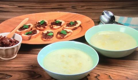 【白菜のレモンポタージュ】【ドライトマトのブルスケッタ】レシピ