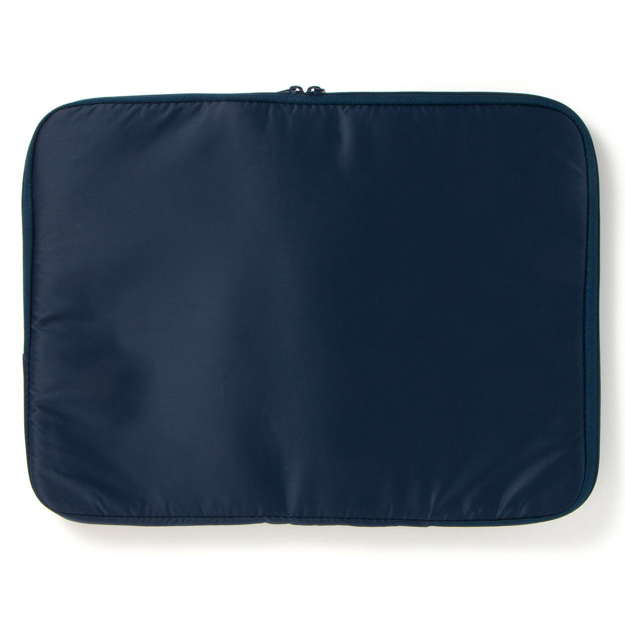 無印良品の厚手毛布 この毛布一枚にいつまでも包まれたい