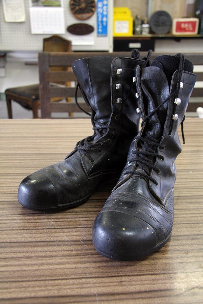 展示品名 国鉄の作業靴