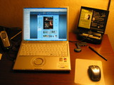 宿のIT環境 デスクの写真