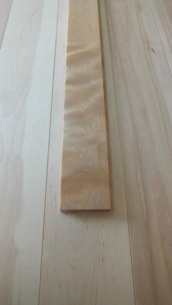 清涼樺(かば)幅広無垢一枚物フローリング 12