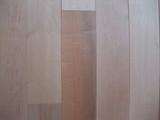 板屋楓幅広無垢フローリング 小節色違い拡大