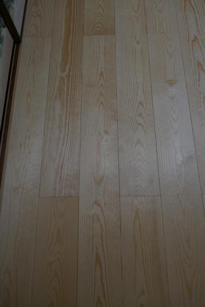 石山赤松(せきざんあかまつ)幅広無垢一枚物フローリング 改修5