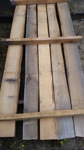 日本の楢(なら)乾燥無垢材 1