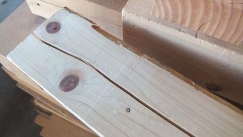 木材の割れ 3