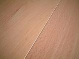 ビーチ(ぶな)無垢フローリング塗装品 表面拡大 1
