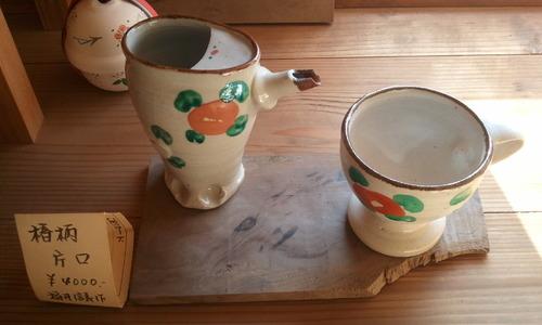 神代薮椿と椿柄陶