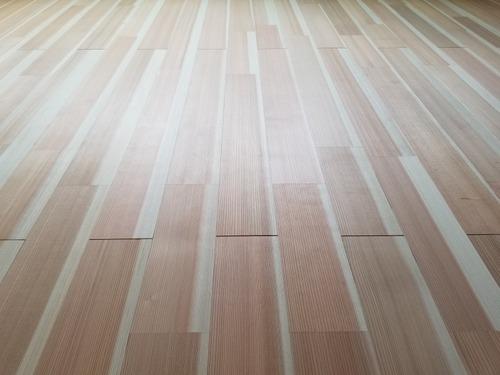 高樹齢! 百年杉柾浮造り(うづくり)無垢フローリング 個室施工 8