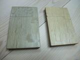 一年経過後のホワイトオーク正柾虎斑木製名刺ケース
