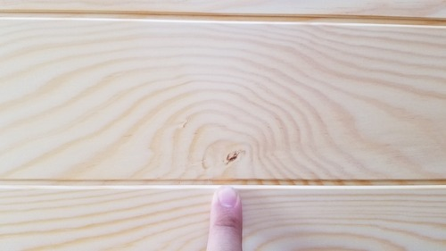 石山赤松無垢一枚物羽目板 9