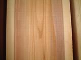 天然乾燥杉無節板 表情2