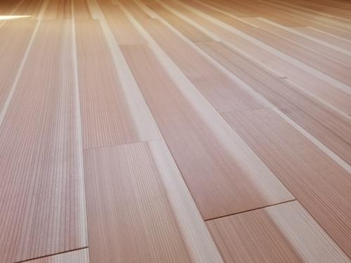 高樹齢! 百年杉柾浮造り(うづくり)無垢フローリング 個室施工 2