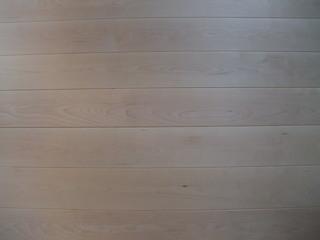 バーチ(樺)幅広無垢一枚物フローリング