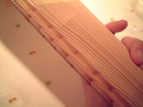 杉柾浮造りフローリング木口2