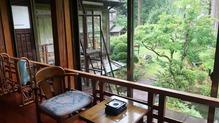 越後長野温泉「嵐渓荘」・広縁からの眺め