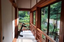 越後長野温泉「嵐渓荘」・回り廊下