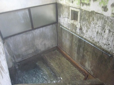 男の浴室029