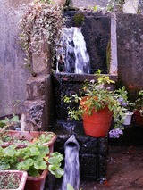 「野沢温泉」湧き出る清水