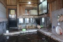 「湯の屋台村」・洗い場