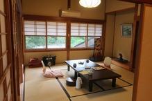 越後長野温泉「嵐渓荘」・大きい方の部屋
