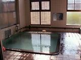 「野沢温泉」秋葉の湯の浴槽