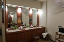 成田ビューホテル・成田温泉「美湯」・洗面台