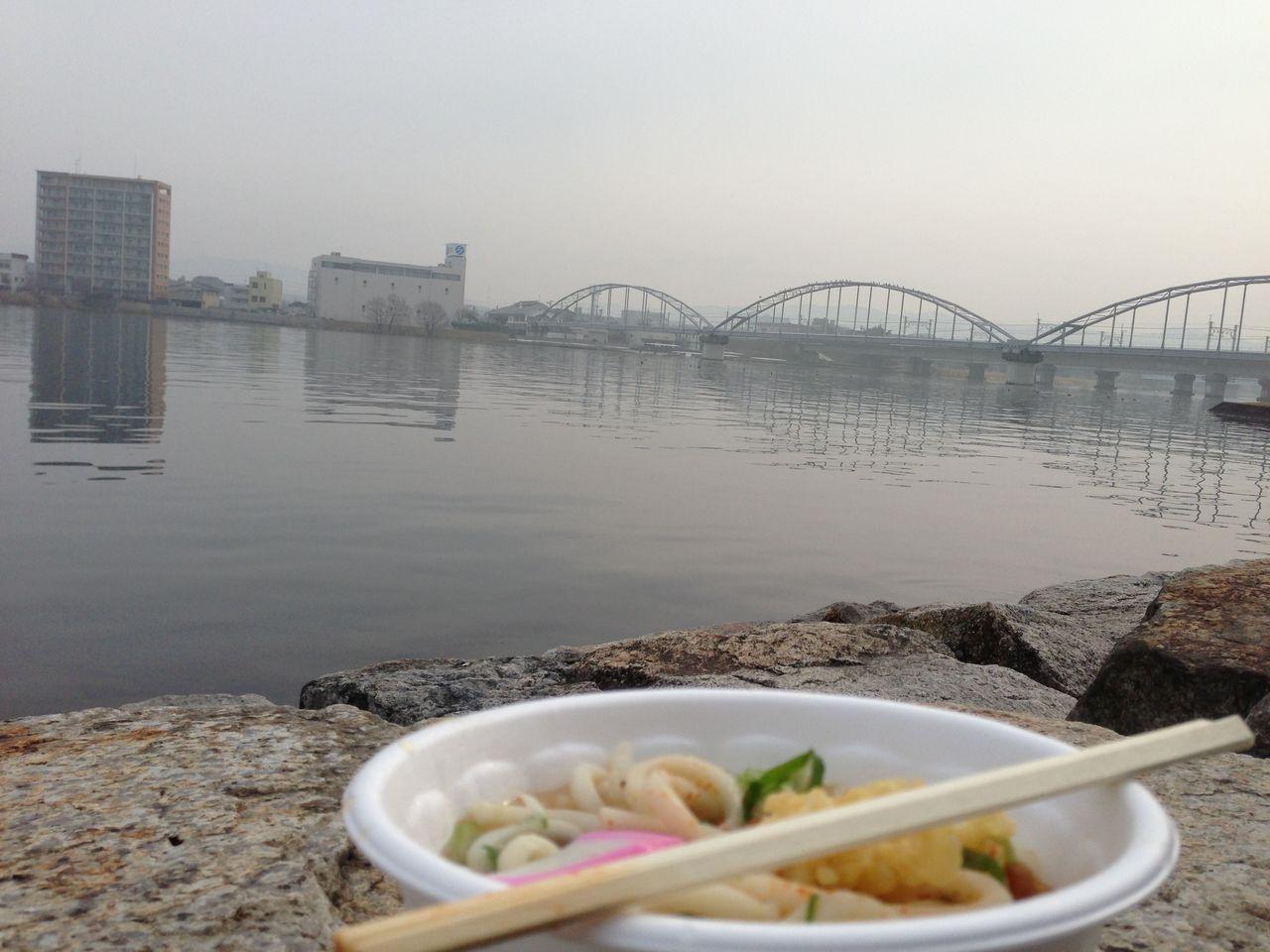 琵琶湖とうどん