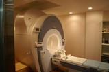 MRI(これ以上中に入るとカメラがフッ飛ぶ)